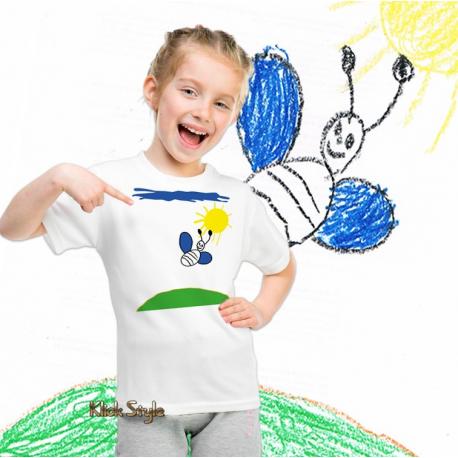 """T-Shirt """"Kinder Design"""" mit nachgearbeiteter Kinder-Kunst"""